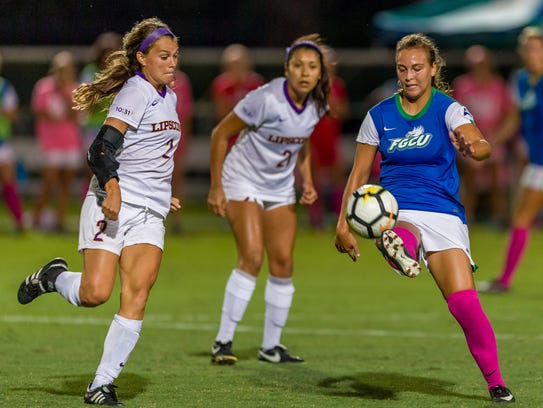 Sophomore Marjorie Boilesen, a transfer from West Florida,