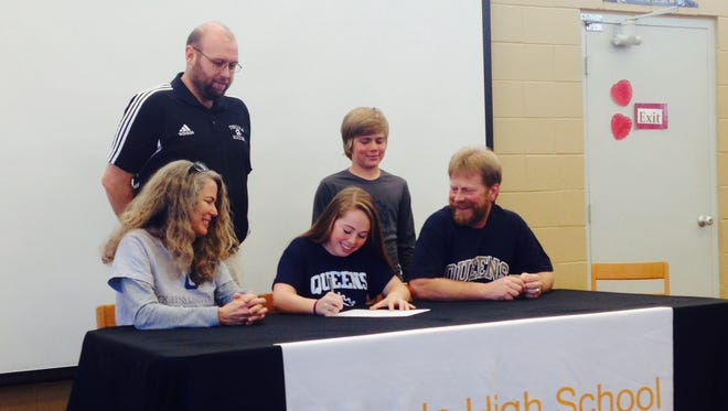 Tuscola senior Cassidy Pate-Moore has signed to play college soccer for Queens.