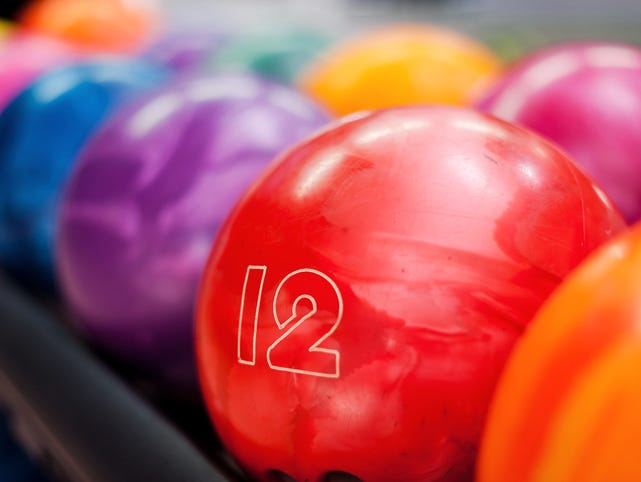 Insiders, buy one game and get one FREE at Plaza Lanes.
