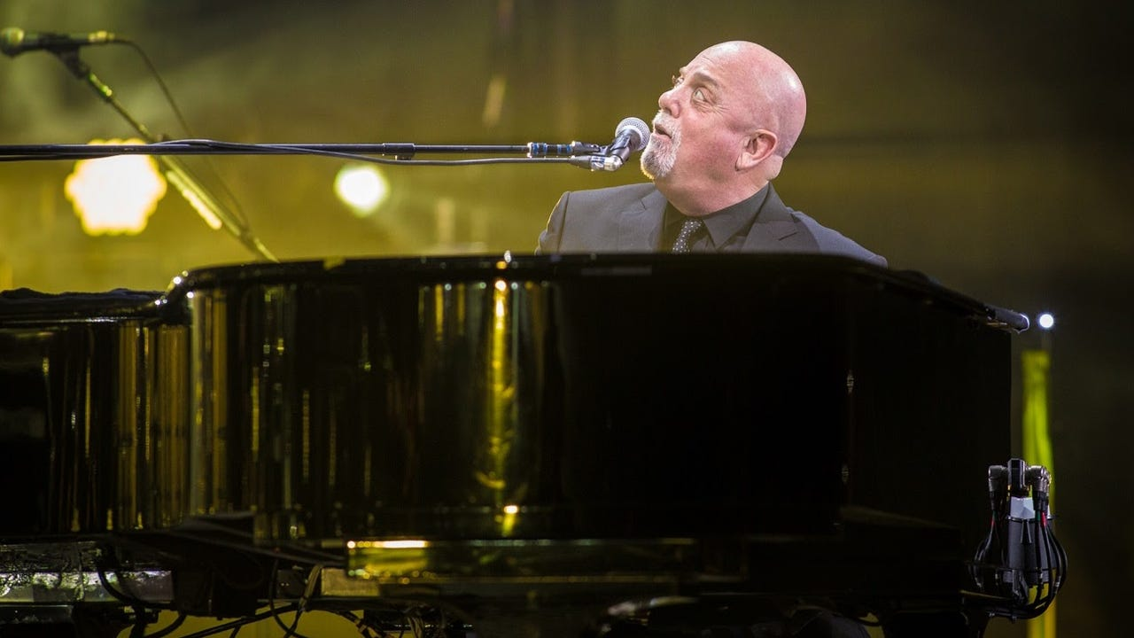 Billy Joel impresses in Indianapolis