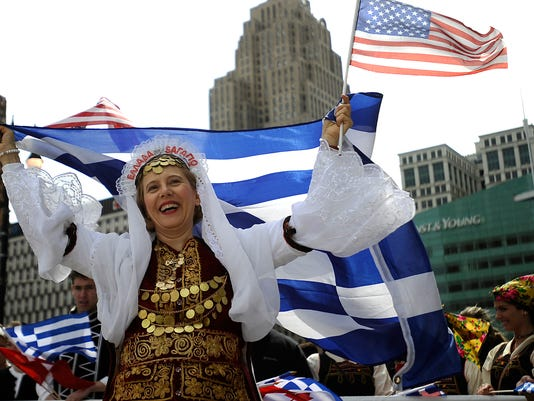 Greektown-Parade002.jpg