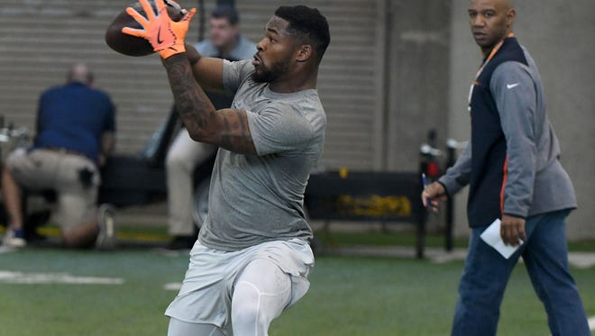 Former UT running back John Kelly catching a pass during a drill during Pro Day activities Monday, Mar. 19, 2018 at the Anderson Training Center on UTK campus. Former Vols worked out in front of NFL scouts.