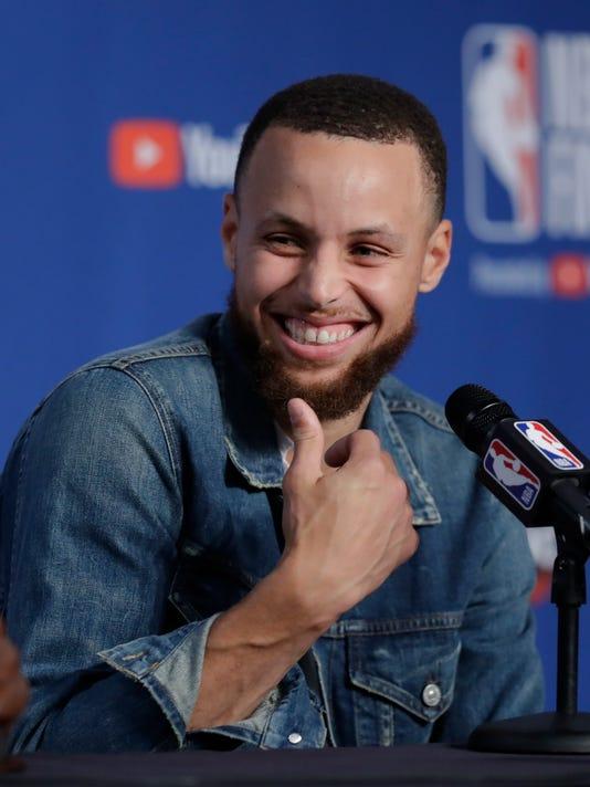 NBA_Finals_Warriors_Cavaliers_Basketball_67434.jpg