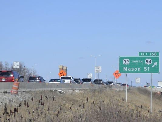 Multi-vehicle accident halts U S  41 traffic