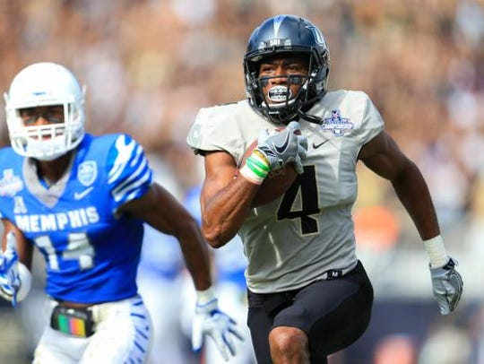 UCF Knights wide receiver Tre'Quan Smith (4) runs for