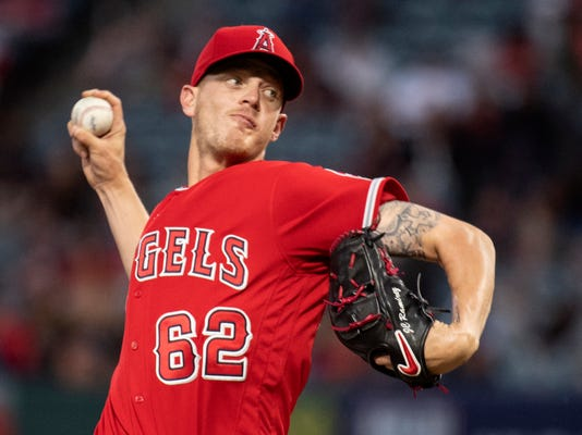 Angels_Yankees_Bridwell_Baseball_93510.jpg