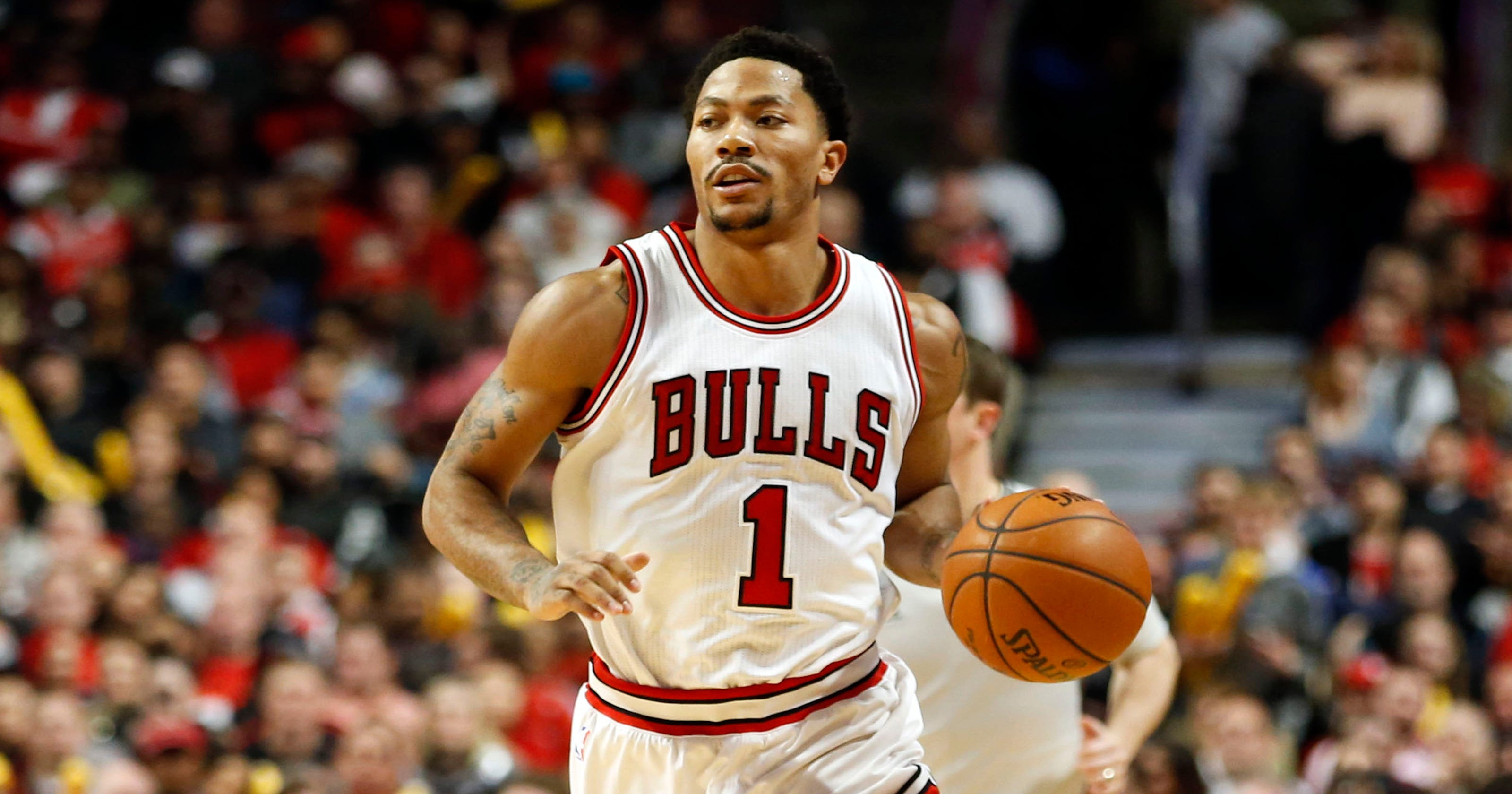 57cf2f221d71 Derrick Rose helps balanced Bulls pull away to rout Nets