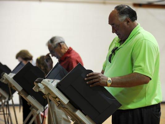 -Runoff election05.jpg_20140624.jpg