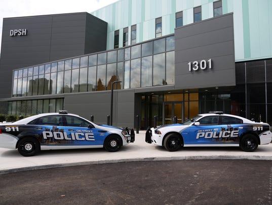 071614detroit-cops