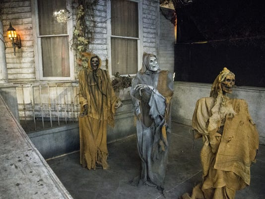 haunted houses for Halloween