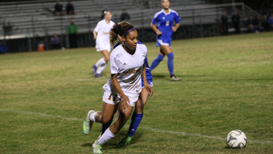 Clarksville's Destiny Hill takes off toward the ball