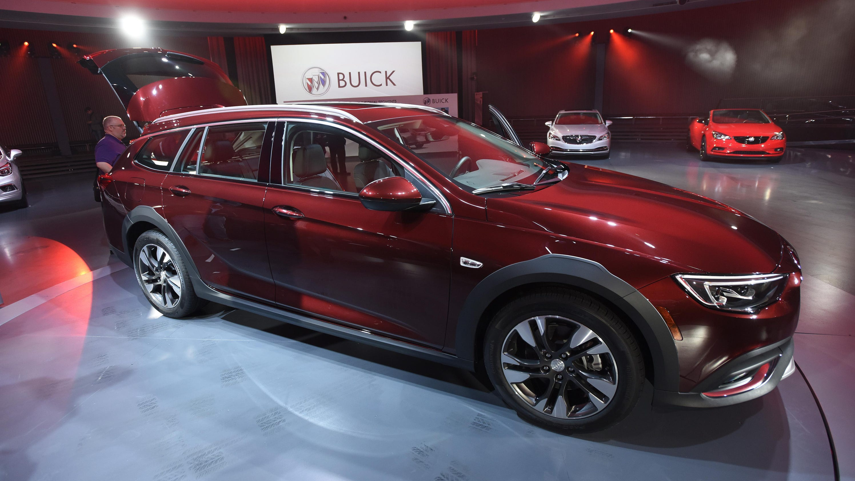 Buick unveils its new regal for Regal fa r abstellraum