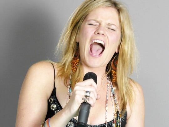 See Karen Irwin perform a tribute to Janis Joplin.