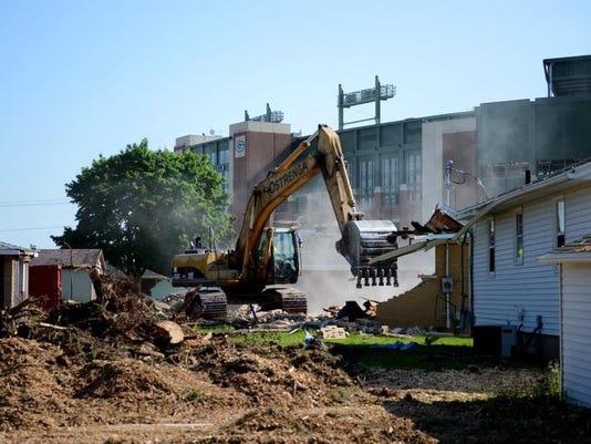 GPG Packers Raze Houses106.jpg