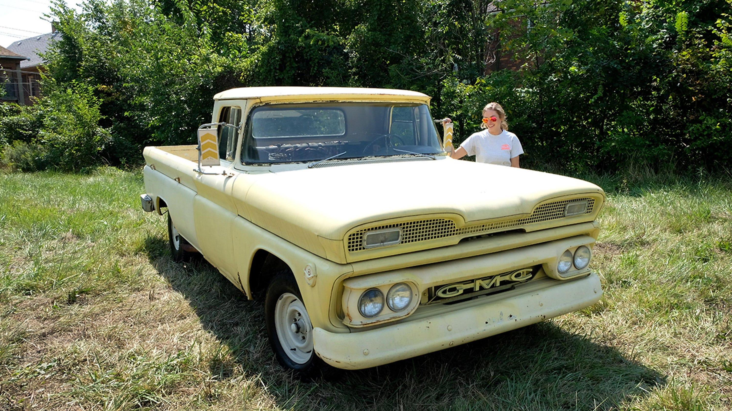 The Woodward Dream Cruise, classic car cruising - The Detroit News