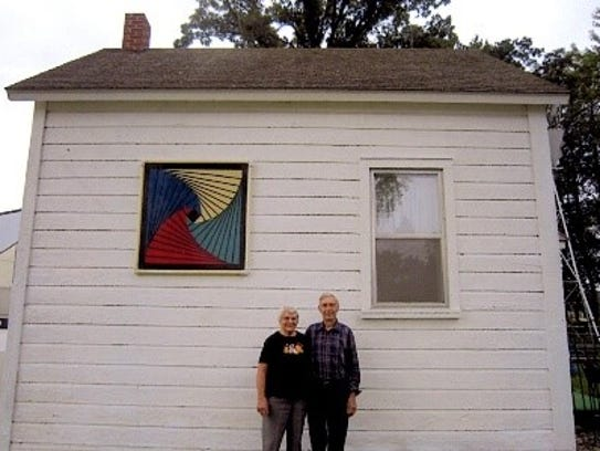 Lois and LeRoy Warnet's barn quilt on Lois' quilt shed.