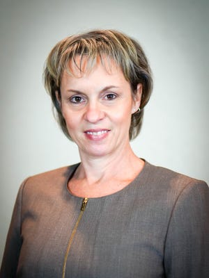 Karla Scapanski.