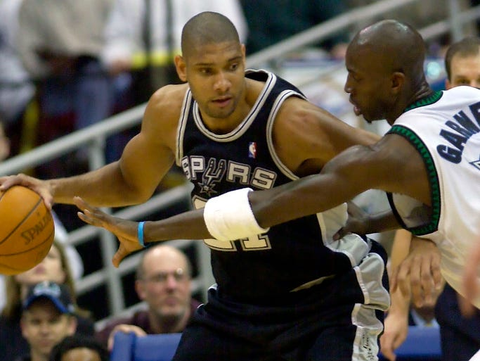 Tim Duncan, left, and Kevin Garnett seemingly have been rivals forever. But they aren't even among the five oldest players in the NBA. Flip through this gallery to see the 15 for the 2013-14 season, including both of these guys.