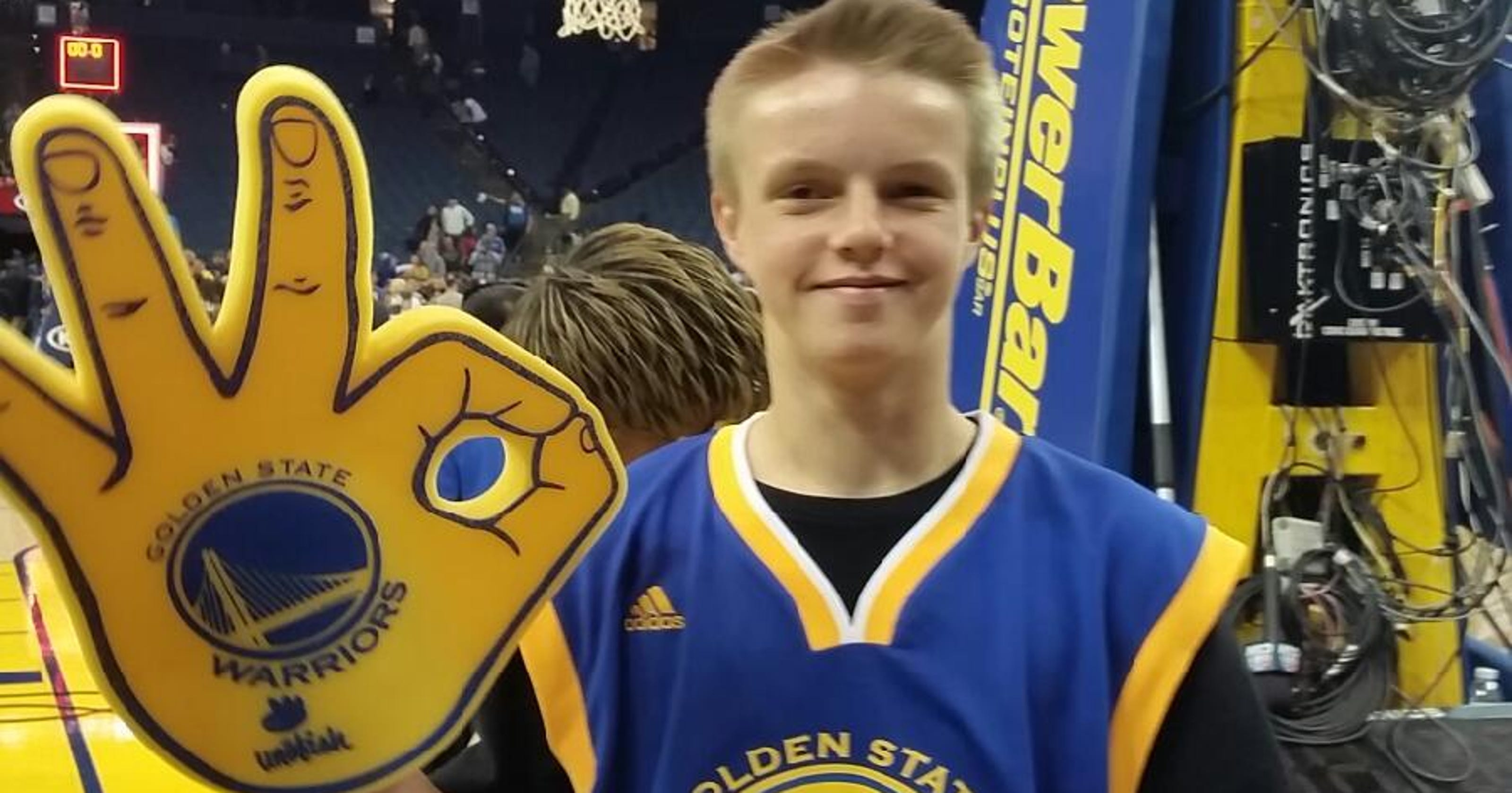 Harrison Barnes Helps An Iowa Boy After The Loss Of His Father