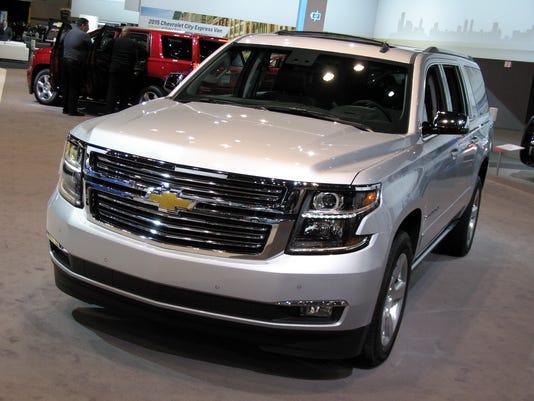 635685184379887321-2015-Chevrolet-Suburban-SUV