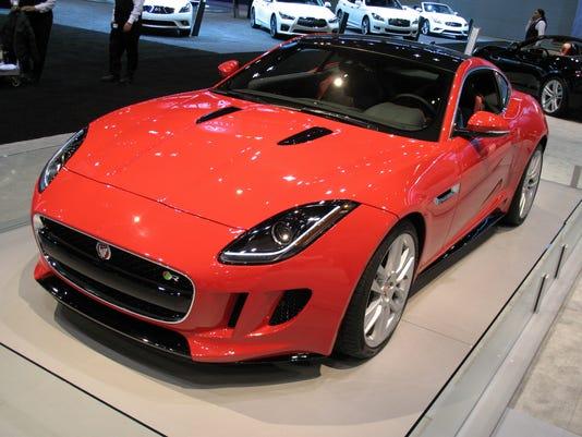 635721985484359401-2015-Jaguar-F-TYPE-coupe