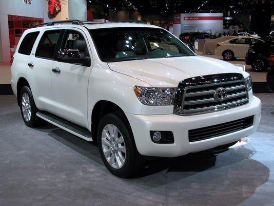 635761208970001756-2015-Toyota-Sequoia-SUV