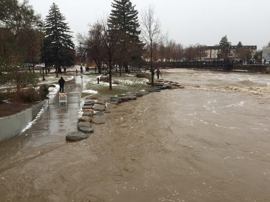 reno-flooding-010917