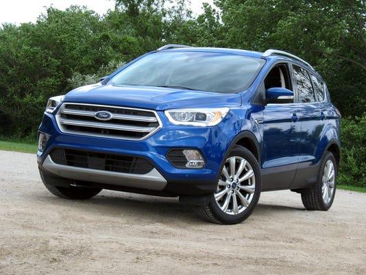 636208666399346082-2017-Ford-Escape-SUV.jpg
