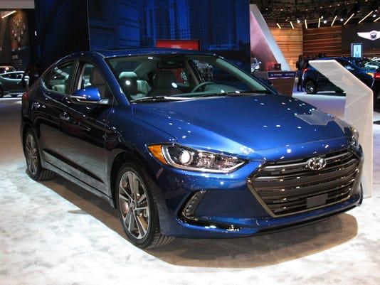 636220615632157453-2017-Hyundai-Elantra-sedan-.jpg