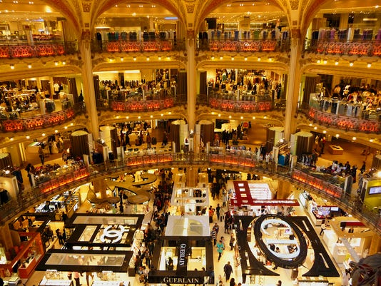 636404937926431998-france-paris-galeries-lafayette-shopping-072017-ss.jpg