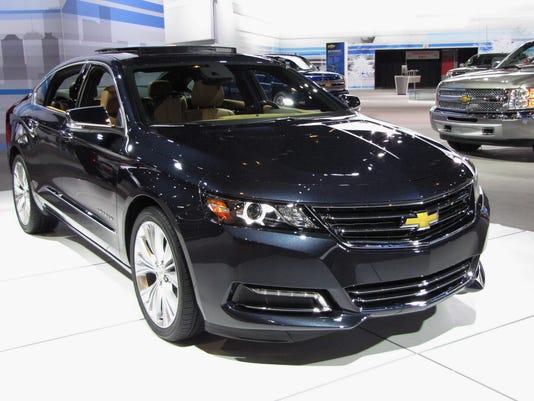 636423755938271106-2017-Chevrolet-Impala-sedan.JPG