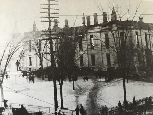636579082024864061-The-remains-of-the-burned-Courthouse.JPG