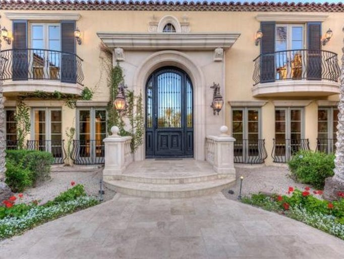 Luxury Home Features luxury homes: $2m paradise valley home features stone courtyard