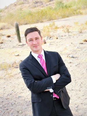 Nicholas Sarwark, Chairman of the National Libertarian Party, is running for Phoenix mayor.