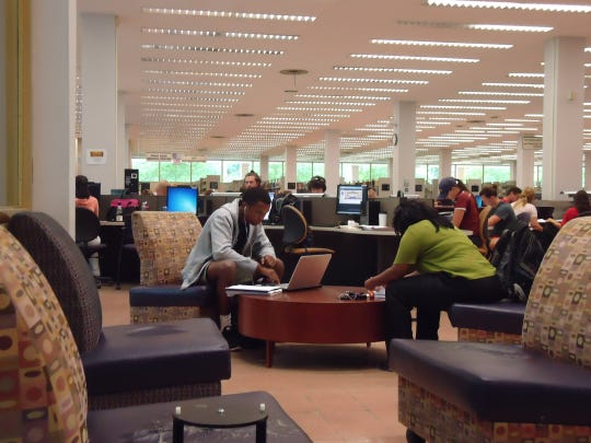 LSU students cram Middleton Library during finals week.