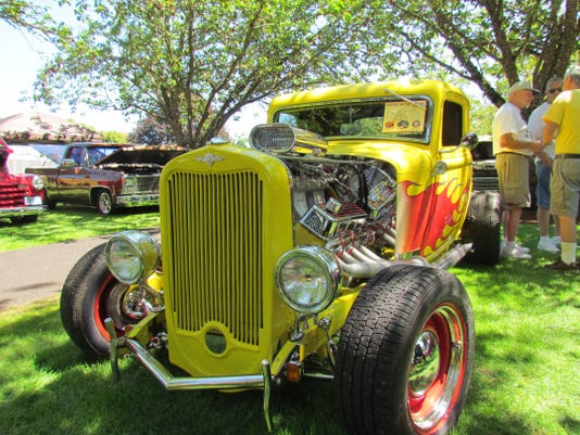 Santiam Summerfest car show