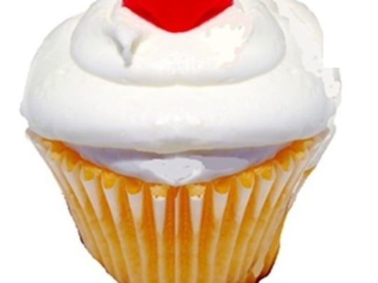 Sophi P. Cake's Festival punch cupcake is a great portable treat to take with you to Festival International.