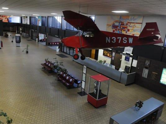 -APCBrd_11-19-2013_Crescent_1_C008~~2013~11~18~IMG_OSH_Wittman_Terminal_1_1_.jpg