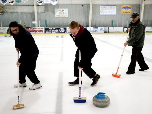 -FTC0103-ll curling 329.jpg_20140102.jpg