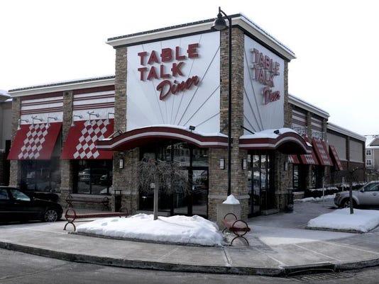 -SA_Table_Talk_01.jpg_20140217.jpg