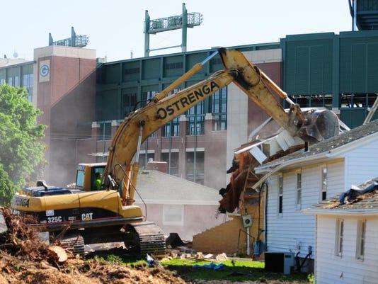 GPG Packers Raze Houses020.jpg