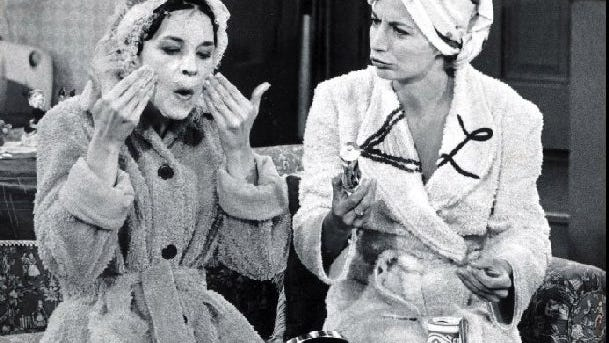 """-  -(GANNETT PHOTO NETWORK) THE70S: Hit TV shows like  """"LaVerne & Shirley""""  paved the way for future sitcoms. (GNS Photo)"""