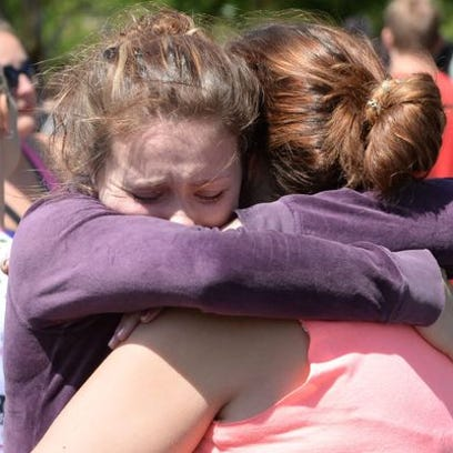 Students in aftermath of shooting in Oregon