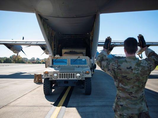 Estados Unidos despliega soldados en su frontera con México