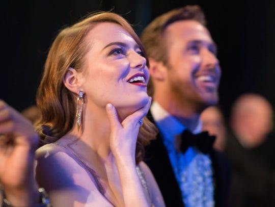 'La La Land' stars Emma Stone and Ryan Gosling backstage