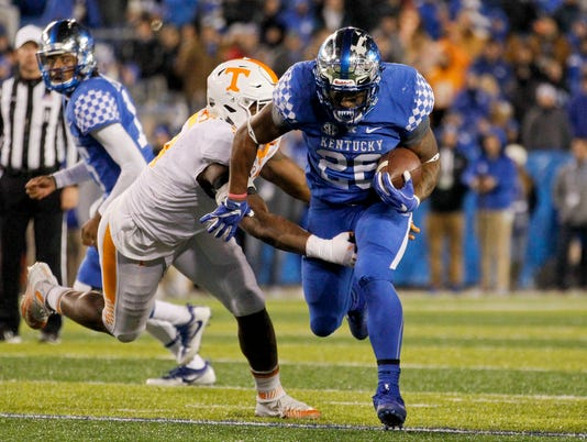 NCAA Football: Tennessee at Kentucky