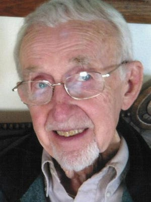 James Robert Weitz passed away on Tuesday, January 20, 2015, at his home in Fort Collins.  He was 82.