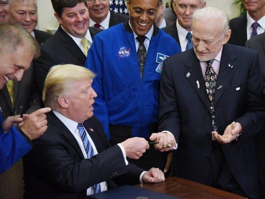 EPA USA TRUMP SPACE POL GOVERNMENT USA DC