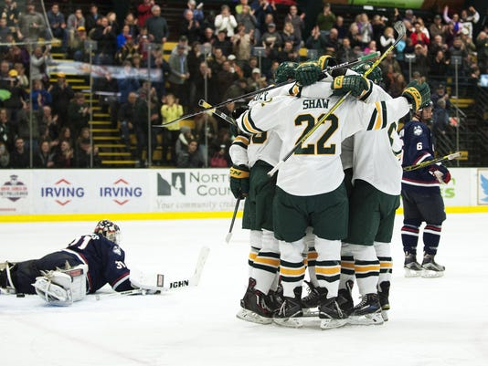 UConn vs. Vermont Men's Hockey 11/13/15