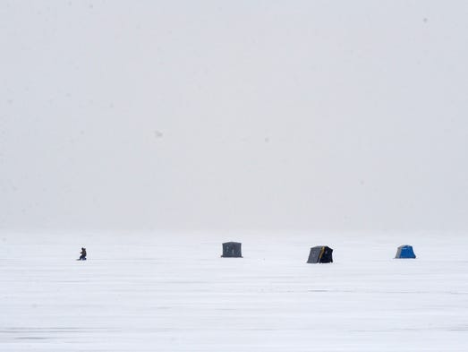 Cold lingers across michigan for Ice fishing lake st clair